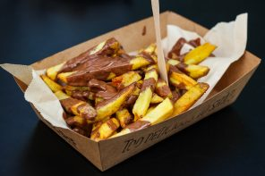 Fresh Fries & Chocolate Sauce